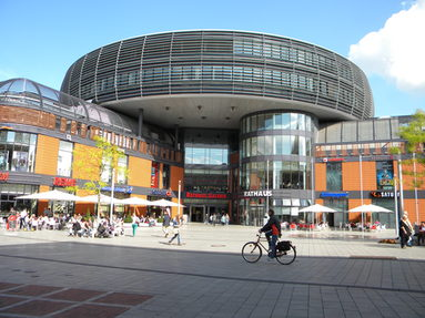 "The Shopping-Center ""Rathaus-Galerie"""